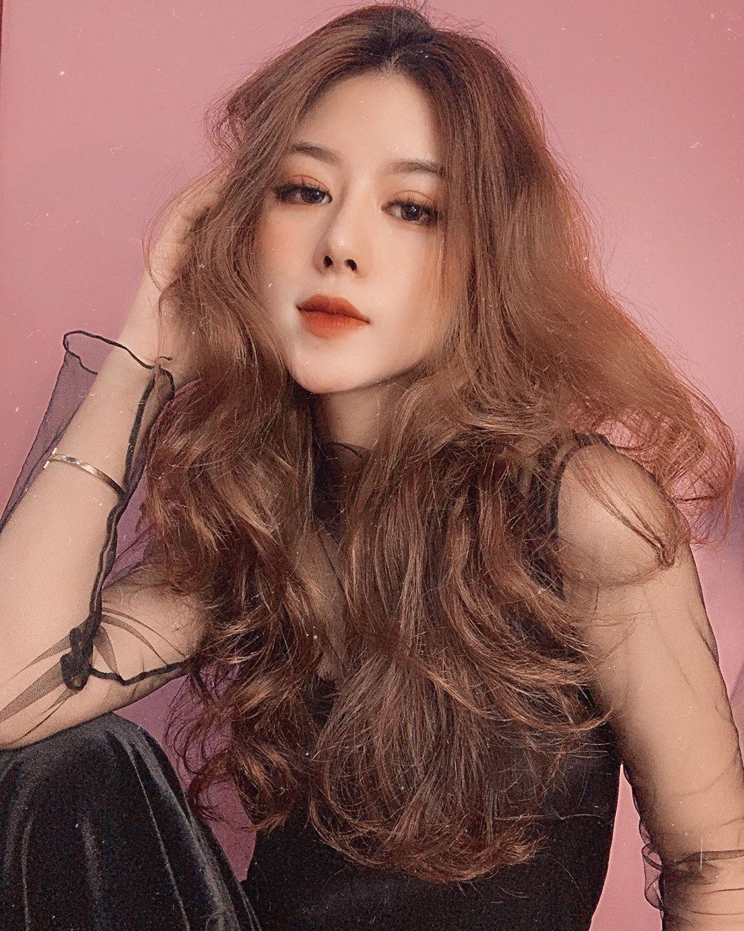 Hot girl Thảo Xu và mối quan hệ với cầu thủ Nguyễn Quang Hải